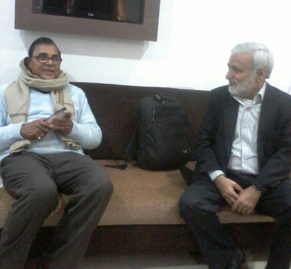 Dr.Madhepuri with Shri Urmilesh Jee .