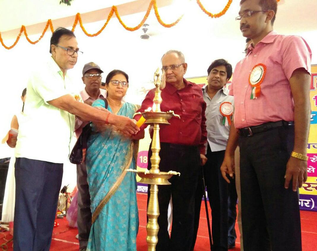 Samajsevi Dr.Bhupendra Madhepuri along with DM Md.Sohail, Dr.Shanti Yadav, Dr.A.K.Mandal &others inaugurating Bihar Kala Diwas Samaroh- 2016 at Bhupendra Kala Bhawan, Madhepura.