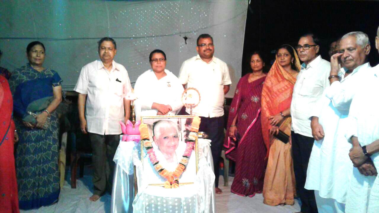 Samajsevi Dr.Bhupendra Madhepuri with respectable citizen of Madhepura attending a function on 11th Death Anniversary of Dadi Prakashmani at Brahmakumari , Madhepura .