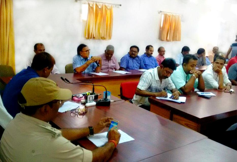 Educationist Dr.Bhupendra Madhepuri attending a Function on Hindi Diwas 2017 with DM Md.Sohail (IAS), SP Vikas Kumar (IPS) and others at Samaharnalaya Madhepura.