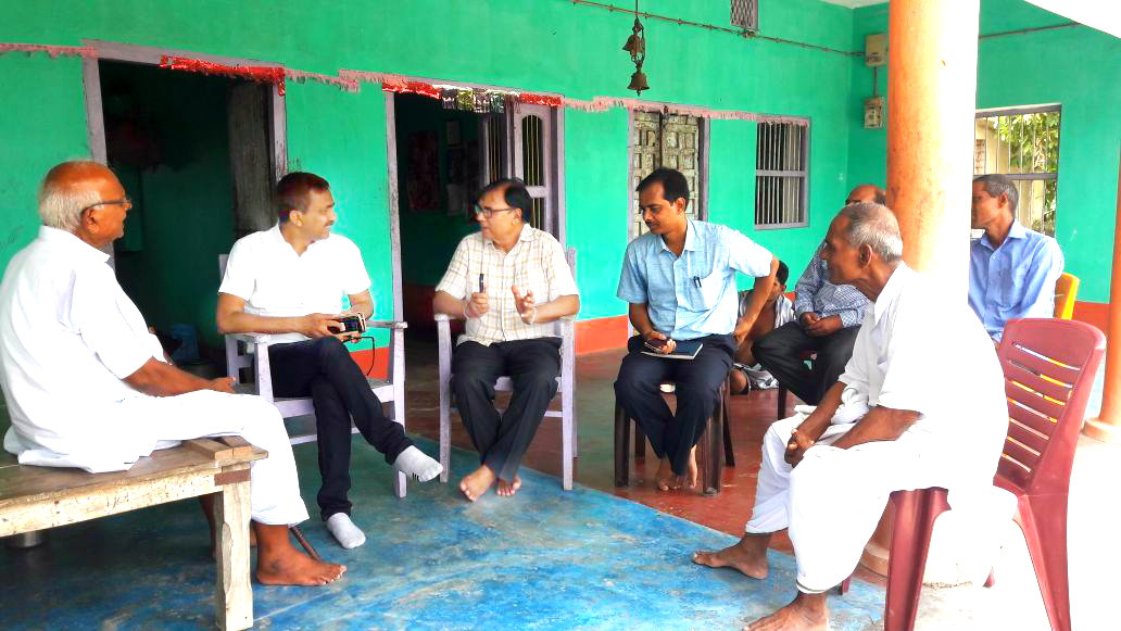 Madhepura DM Md.Sohail (IAS) discussing issues with Educationist Dr.Bhupendra Madhepuri regarding the land for Navodaya School Stadium, Vivah Bhawan, Yoga Bhawan & Cold Storage for the farmers in presence of Officers and Gentlemen at Ramjanki Thakurbari Campus, Sukhasan Madhepura.