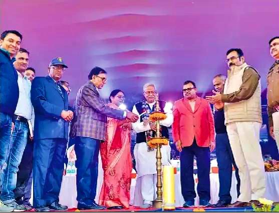 Singheshwar Mandir Nyas Samiti Member Dr.Bhupendra Madhepuri along with Zila Parishad Adhyaksha Manju Devi , MLA Narendra Narayan Yadav inaugurating Singheshwar Mahotsav 2018.