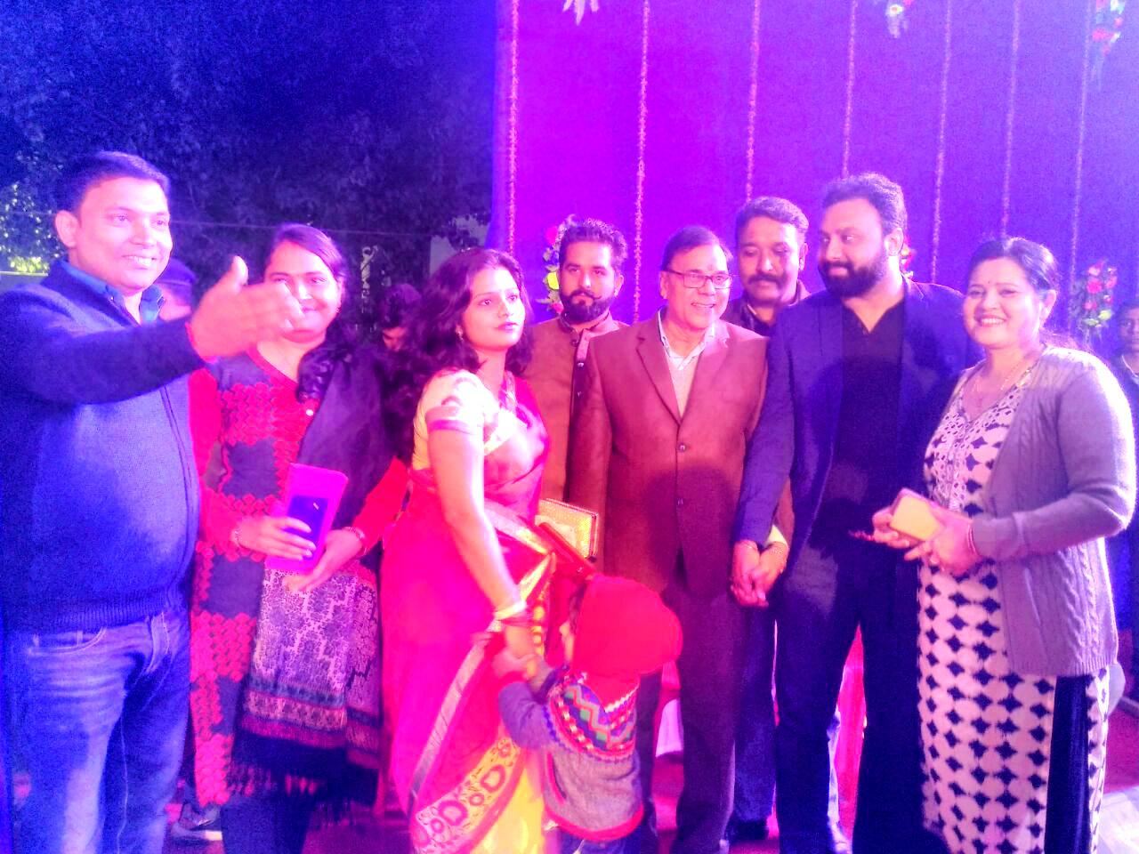 Samajsevi Dr.Madhepuri with Rising Playback Singer Amitabh Narayan and others at Singheshwar Mahotsav 2018.
