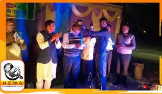 Samajsevi Dr.Madhepuri is being crowned the title of