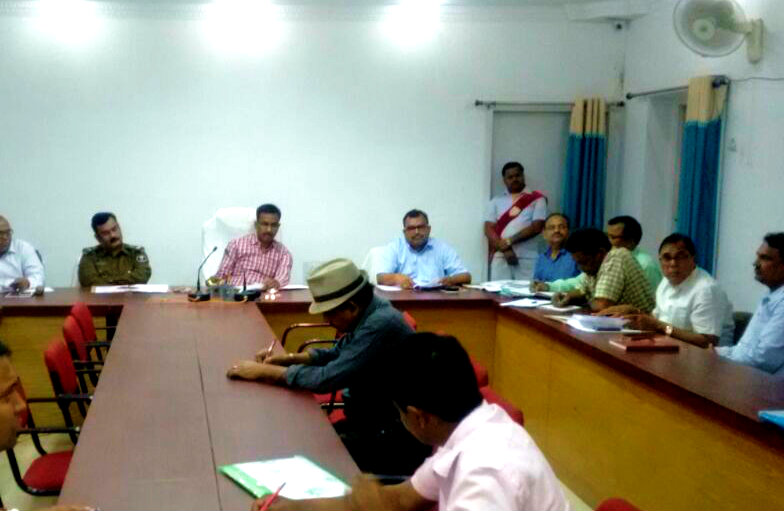 Under the Chairmanship of DM Md.Sohail a meeting held in Samaharnalaya Hall along with SP Sri Vikas Kumar , DDC Sri Mukesh Kumar, SDM Sri Sanjay Kumar Nirala, Samajsevi Dr.Bhupendra Madhepuri & others for better and proper arrangements of Bihar Diwas 2018.