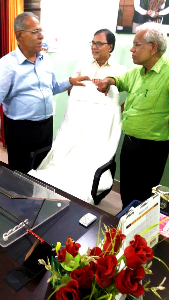 Grand Triveni of Vigyan & Sahitya discussing about University Education in the office of Hon'ble Vice-Chancellor (BNMU) Prof.(Dr.) Awadh Kishor Roy, Physics Stalwart Prof.(Dr) Bhupendra Madhepuri & Grand Scholarly Giant of Hindi Literature Prof.(Dr) Balram Tiwari.