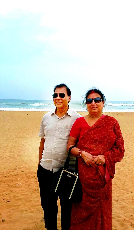Mrs. & Mr.Dr. Madhepuri celebrating 6th. June at seabeach.