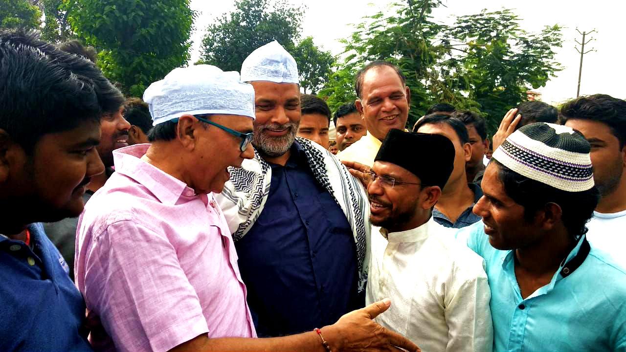 Samajsevi Sahityakar Dr.Bhupendra Madhepuri along with Jan Adhikar Party Supremo & Member of Parliament Shri Pappu Yadav , Principal Dr.Ashok Kumar giving tips regarding