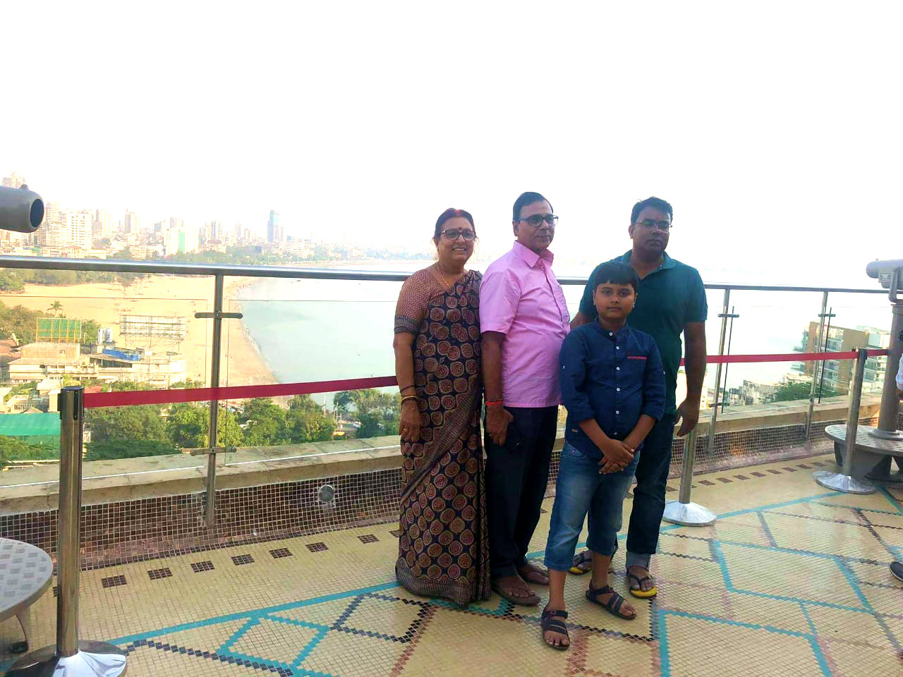 Mr. & Mrs. Madhepuri along with their grandson Aditya & his father Dr.Barun after enjoying the Sea-Soar scenic beauty of Mumbai with different Powerful Telescopes.