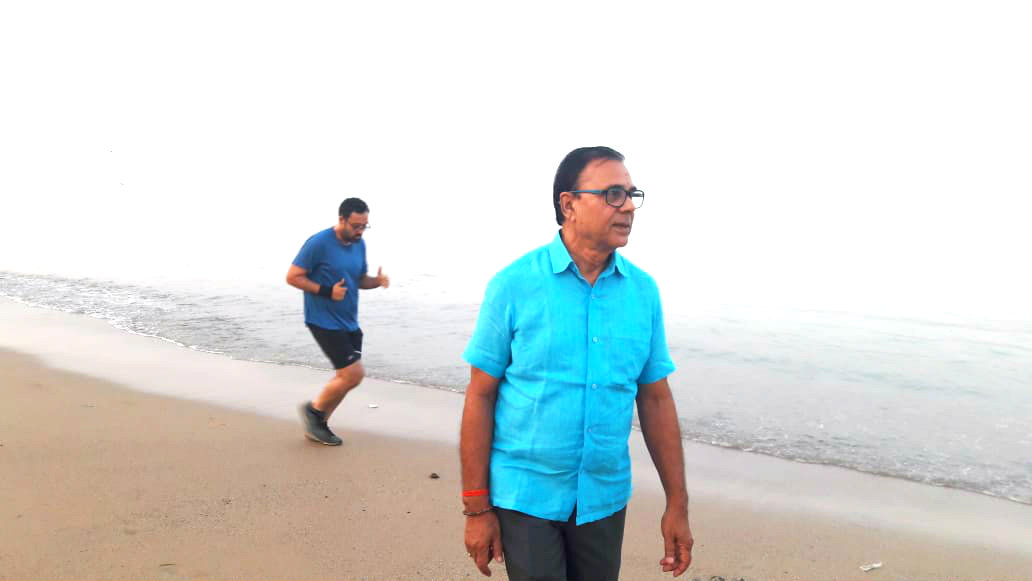 Dr.Madhepuri on his morning walk at Juhu Beach opposite to Sun-n-Sand Hotel Mumbai.