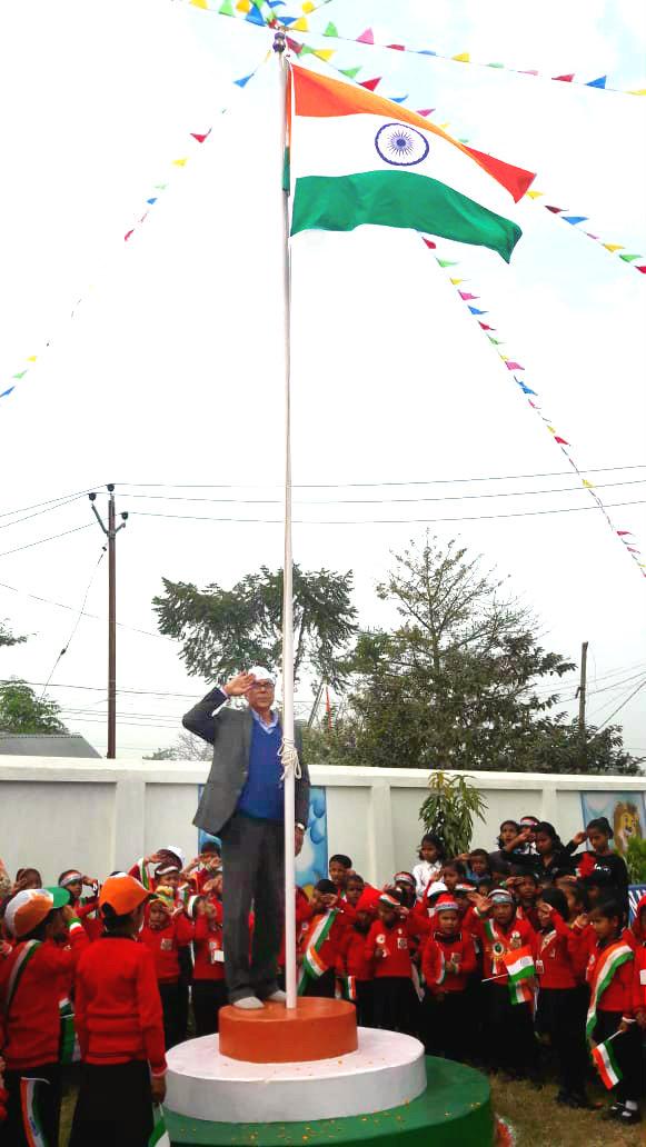 Samajsevi-Sahityakar Dr.Bhupendra Narayan Yadav Madhepuri paying salute to the National Flag on the occasion of the 70th Republic Day ar the Campus of Nanhe Kadam School , Madhepura.