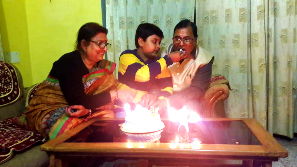 Dr.Madhepuri accepting