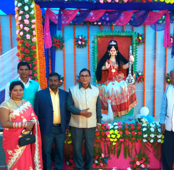 Samajsevi Sahityakar Dr.Madhepuri attending the Pooja Ceremony of Goddess Saraswati along with the director Shyamal Kumar Sumitra, Principal Dr.Harinandan Pd. Yadav & others at Tulsi Public School.