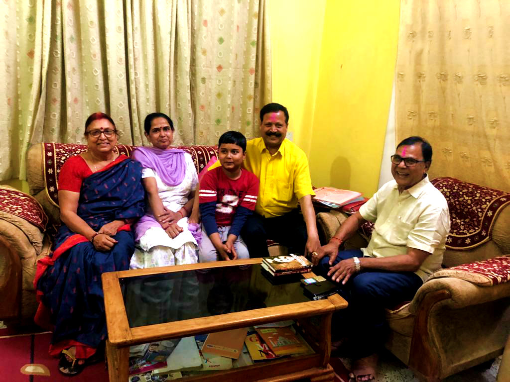 Registrar BNMU Col. Neeraj Kumar with his spouse Mrs.Poonam Devi enjoying Holi Evening along with Mr. & Mrs. Madhepuri with their grandson Aditya at Vrindavan , Madhepura.