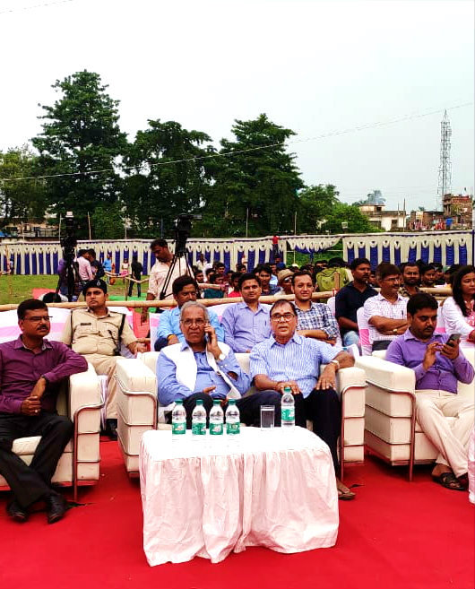 Chief Guest Dr.B.N.Yadav Madhepuri along with Honourable Vice-Chancellor Dr.Awadh Kishor Roy, Principal Er.Arvind Kumar, PRO Dr.Sudhansu Shekhar & others attending the Annual Function as well as Hindi Diwas on the 14th Sept 2019 at B.P.Mandal Engineering College, Madhepura.