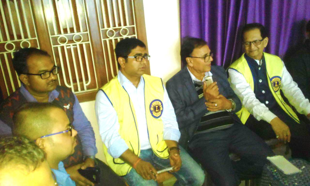 Dr.Bhupendra Madhepuri popularly known as Guardian of Madhepura, amidst President of Lion's Club Dr.S.N.Yadav & Secretary Dr.R.K.Pappu in a Free Eye Camp organised by Pawan Hans Eye Clinic, Madhepura.