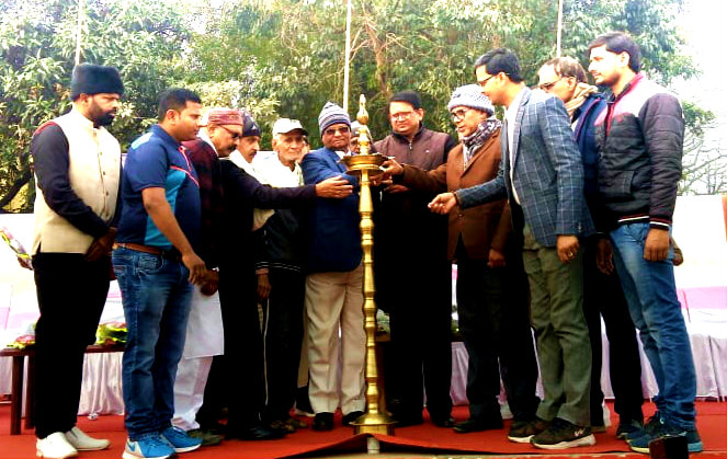 Dr.Madhepuri along with ADM Upendra Kumar, District Secretary Arun Kumar, Registrar BNMU Dr.Kapildev Prasad, Retired SBI officer Binay Kumar Jha, DO Dr.L.K.Adri, President MCC Munna Babu, Amit Kumar, Dhyani Yadav and others inaugurating the District Cricket League Match at B.N.Mandal Stadium Madhepura.
