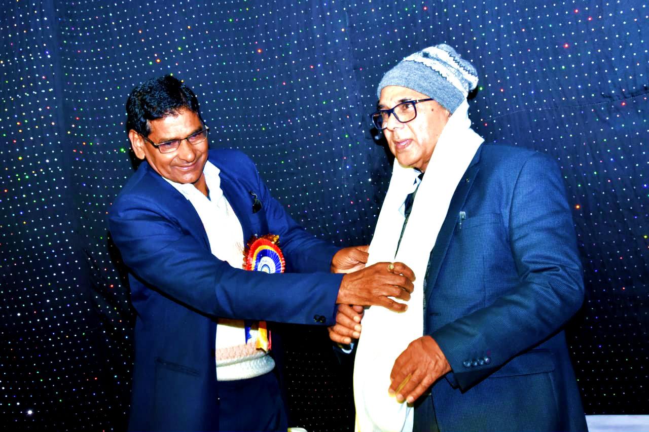 Dr.Madhepuri with TPS Principal Dr.Harinandan.