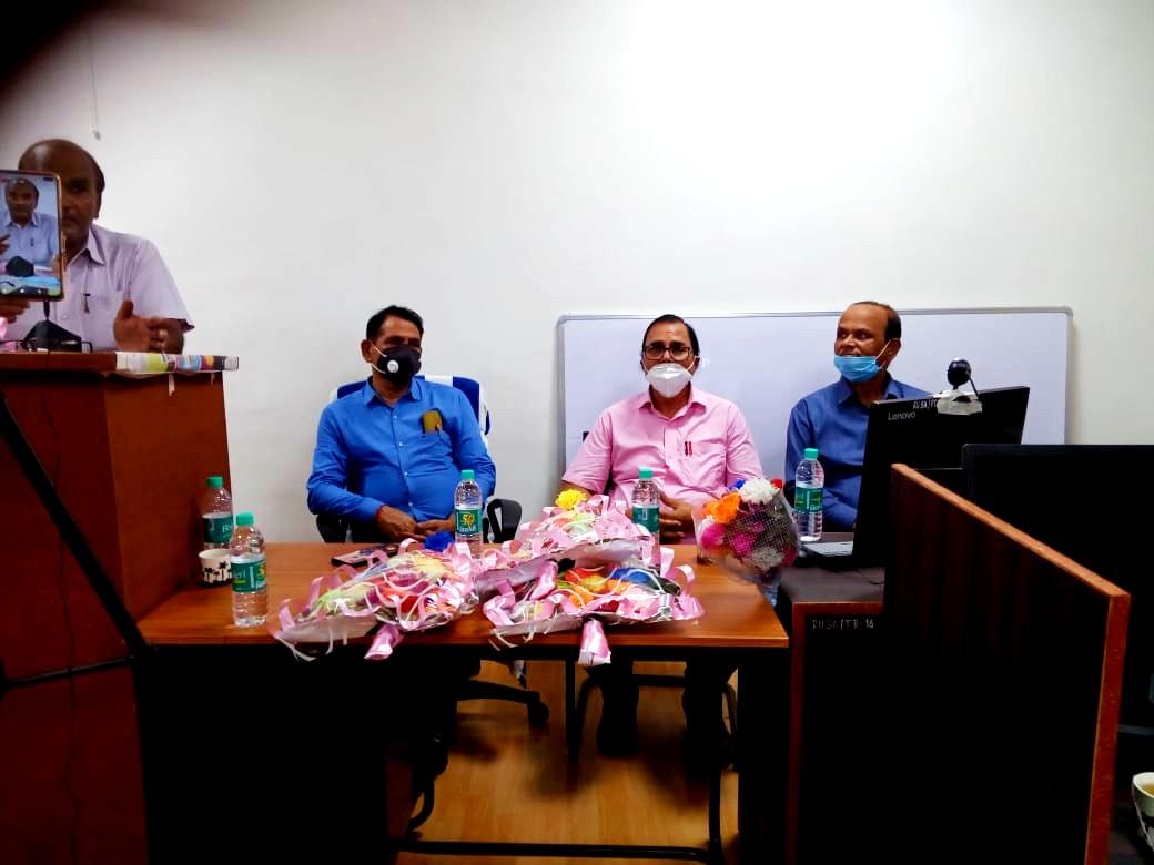 Chief Guest Dr.B.N Yadav Madhepuri along with VC Dr.Gyananjay Dwivedi, Registrar Dr.Kapildev Prasad and Dean Dr.RKP Raman during celebration of Mahavir Babu's Punya Tithi at University Campus.