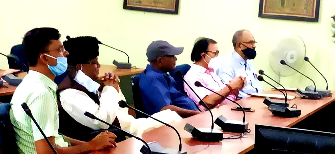 Dr.Madhepuri along with Dr.A.K.Mandal, Jaikrishna Yadav, Md.Shaukat Ali, Arun Kumar and others participating in 102nd Jayanti of Former Chief Minister B.P.Mandal.